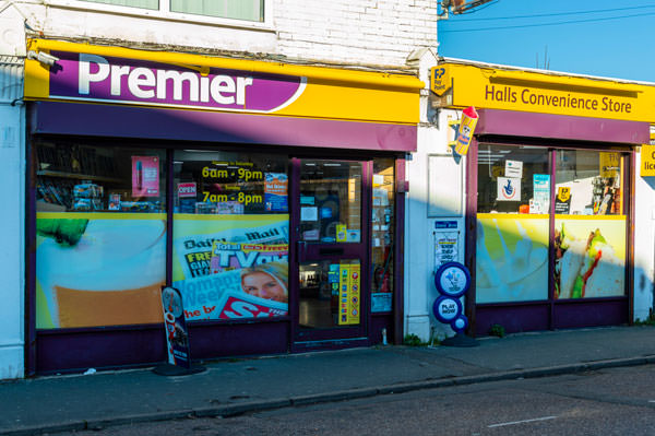 external view of halls mini market ferry road east cowes